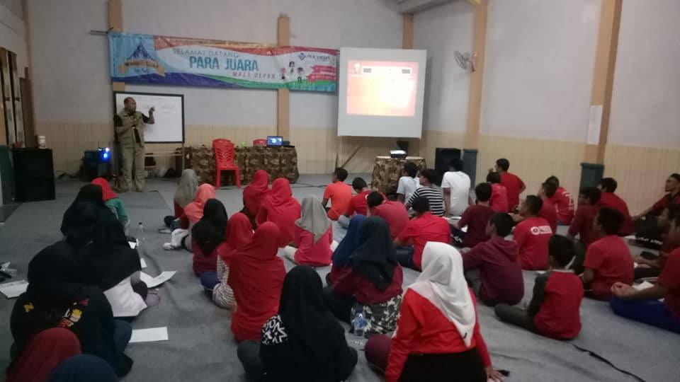 LDKS SMP Al-azhar Kepala Gading Surabaya - Lentera Camp Trawas