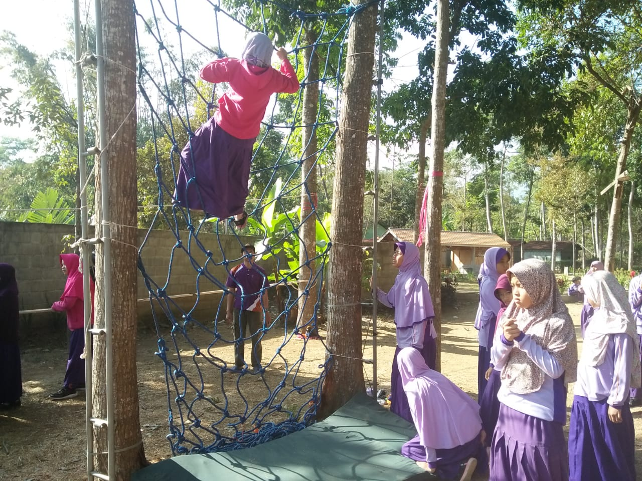 Outbound & Camp SDIT NURUL FIKRI SIDOARJO - Lentera Camp Trawas