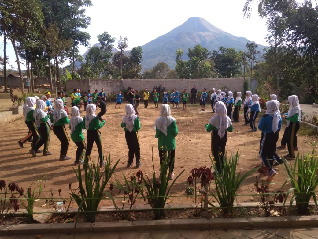 LDKS SMP NEGERERI 1 MANTUP LAMONGAN - Lentera Camp Trawas