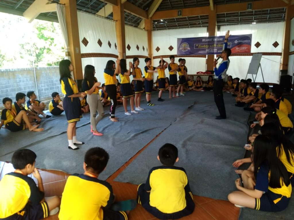 Outbound Leadership Elyon Christian Primary School with Pyramida Edu-training